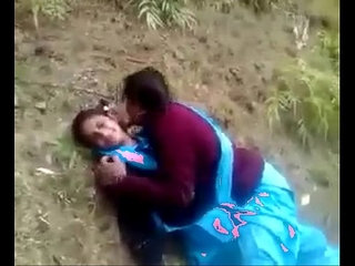 indian desi schoolgirl lesbian outdore