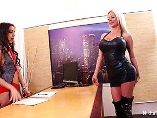 Nikita von james lesbian fuck