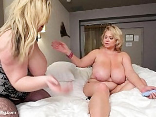 Sexy BBW Slut MILF Gets Pussy Plunged By Young Plumper